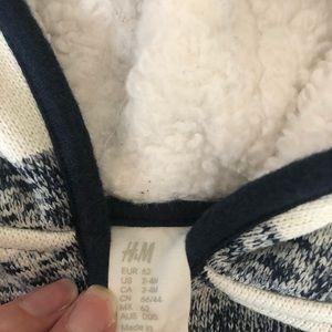 H&M Matching Sets - 🎉HP🎉Baby H&M fleece sweatshirt w/ fleece sweats